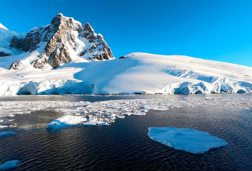 Clássico da Antártica - Antártica Clássica no M/V Ushuaia