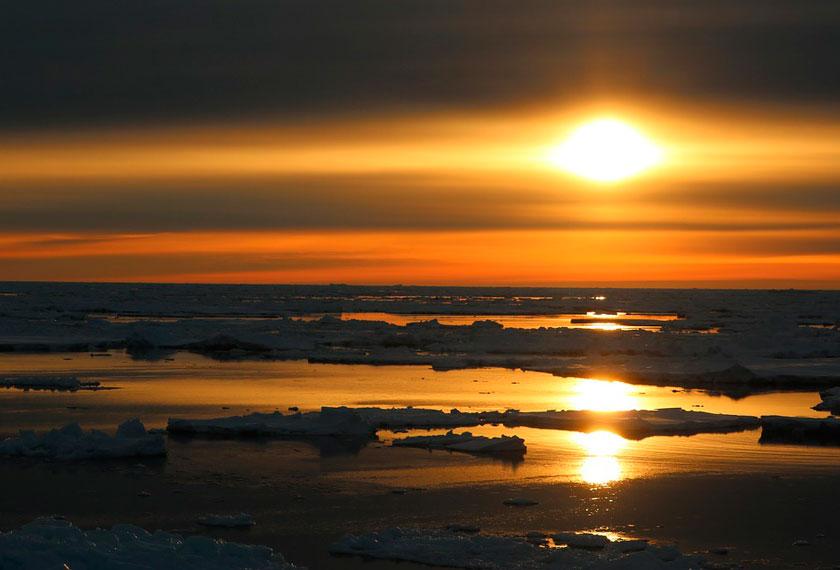 Círculo Polar Antártico - Círculo Polar Antártico <br />no M/V Ushuaia
