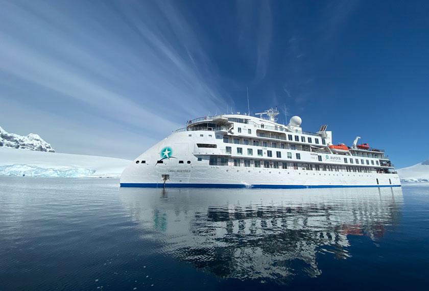 Ships to Antarctica - M/V Ocean Diamond