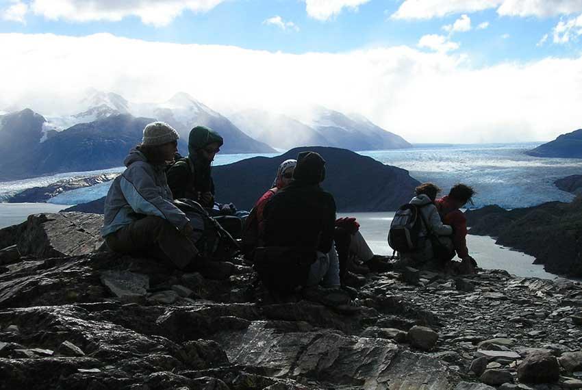 Easy Trekking - Glaciers & Trekking Torres del Paine